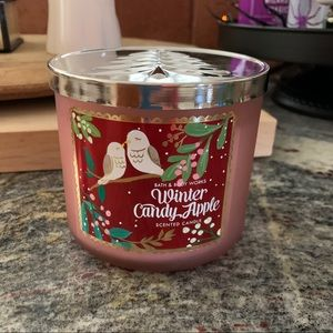 Bath and Body Works Winter Candy Apple 3 Wick